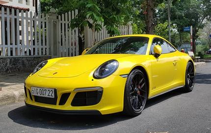 Porsche 911 Carrera GTS 2017 độc nhất Việt Nam ra biển trắng, lăn bánh tại Sài Gòn