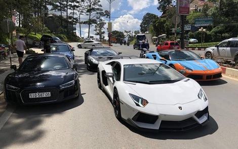 Dàn siêu xe của đại gia Sài Gòn đổ bộ lên Đà Lạt, tiền trạm cho Car & Passion 2019