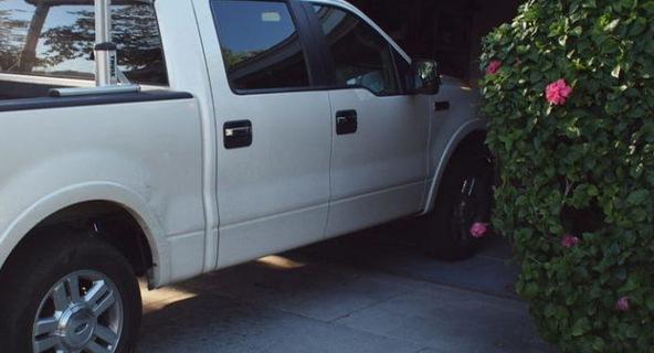 """Cách """"chữa cháy"""" khi ô tô không vừa garage"""