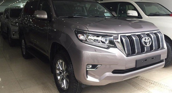 Sau Tết, giá xe Toyota Land Cruiser, Prado còn tăng mạnh