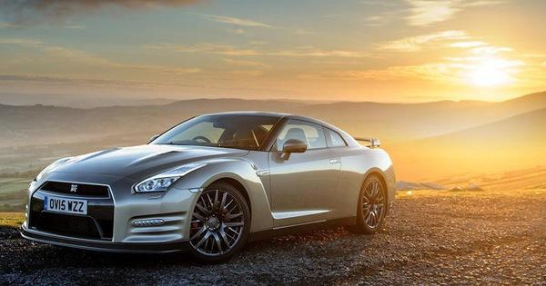 Siêu xe giá rẻ Nissan GT-R và những phiên bản có tiền cũng khó lòng sở hữu