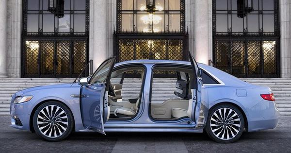 Lincoln Continental bản đặc biệt với cửa như Rolls-Royce