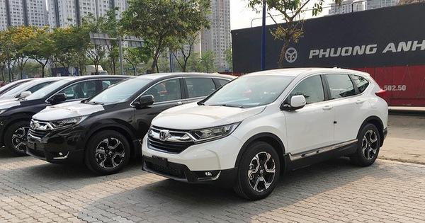 Honda CR-V tăng giá 10 triệu từ năm sau, muốn mua ngay giá cũ vẫn phải thêm 50 triệu phụ kiện