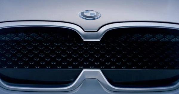 Đây chính là lưới tản nhiệt mới của BMW: Không phải quả thận mà là… cặp kính