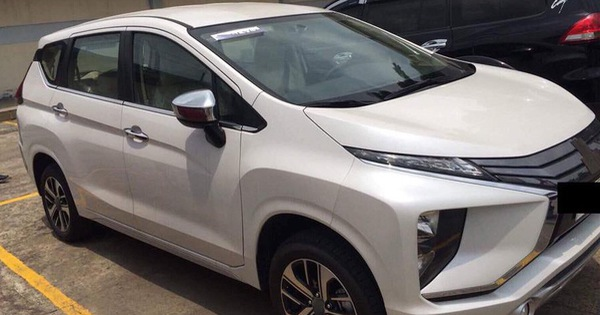 Mitsubishi Xpander tiếp tục lộ diện tại Việt Nam, đại lý bắt đầu mở đặt cọc