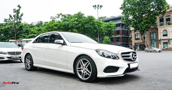 Mercedes-Benz E-Class có giá bao nhiêu sau 4 năm tuổi và gần 5 vạn km?