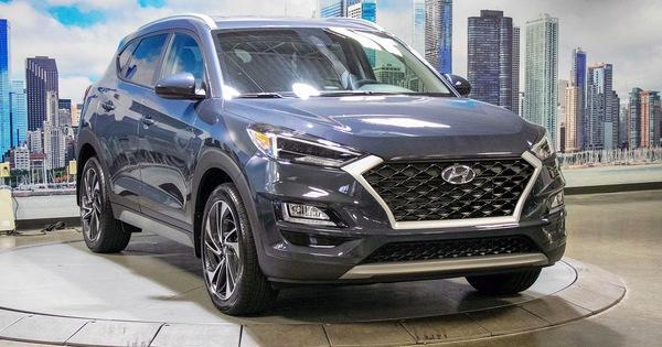 """Hyundai Tucson 2019 với nội thất kiểu Santa Fe rục rịch ra mắt tại Việt Nam, mẫu cũ """"cháy"""" hàng trước Tết"""
