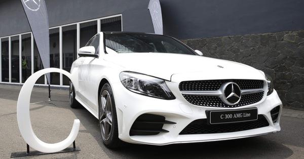 Mercedes-Benz C-Class 2019 lộ trang bị chi tiết trước giờ G, đại lý thông báo thời điểm giao xe tại Việt Nam