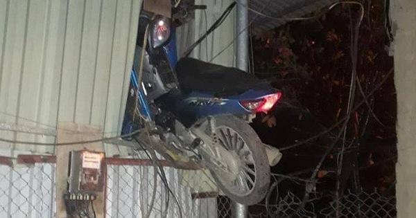 """Vụ tai nạn gây hoang mang nhất ngày: Điểm """"hạ cánh"""" của chiếc xe máy gây chú ý"""
