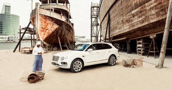 """Bentley giao Bentayga siêu đặc biệt """"Hòn ngọc vịnh Ba Tư"""" cho đại gia Trung Đông"""