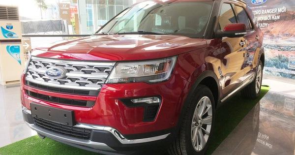 Qua cơn sốt, Ford Explorer hết lạc, giảm giá mạnh, Hyundai Santa Fe trước cơ hội về giá đề xuất