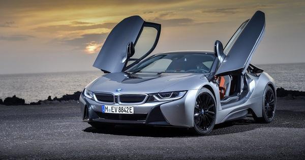 BMW i8 trước cuộc cân não: Khai tử hay lên đời thuần điện