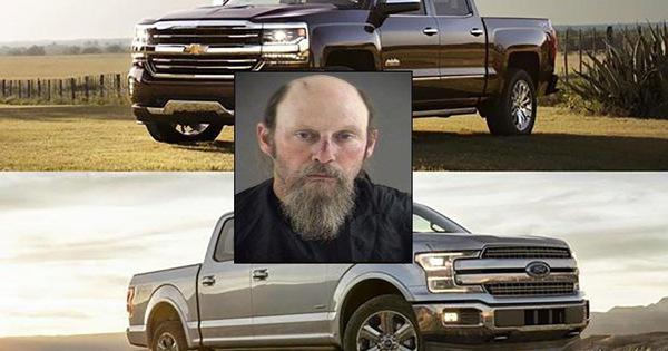 Chỉ vì tranh cãi xe Ford hay Chevrolet tốt hơn, người đàn ông thẳng tay