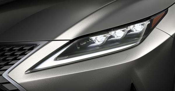 Lexus RX mới sẽ có đèn LED thông minh chẳng thua gì Mercedes-Benz