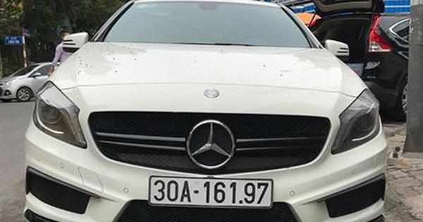 """""""Xe đua đường phố"""" Mercedes-Benz A45 AMG xuống giá hơn 1,1 tỷ đồng sau 4 năm sử dụng"""