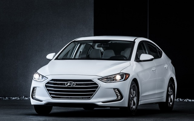 Hyundai Elantra Eco 2017 có giá từ 20.650 USD