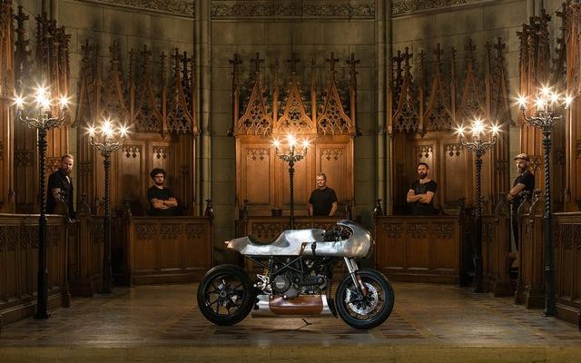 "Ducati Hypermotard độ Café Racer cực ""dị"" từ Be Unique 2.22"