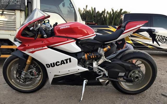 Lộ diện thiếu gia Sài thành sở hữu hàng hiếm Ducati 1299 Panigale S Anniversario
