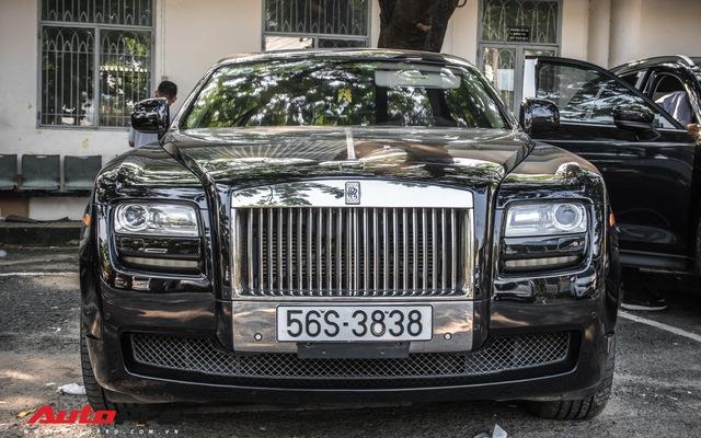 Khám phá chiếc Rolls-Royce tháp tùng Minh
