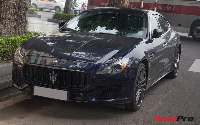 Maserati Quattroporte GranSport GTS 2017 tái xuất dịp cuối năm tại Hà Nội