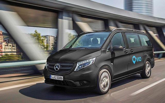 Thành phố tại Mỹ bỏ hẳn xe buýt để người dân đi xe Mercedes-Benz