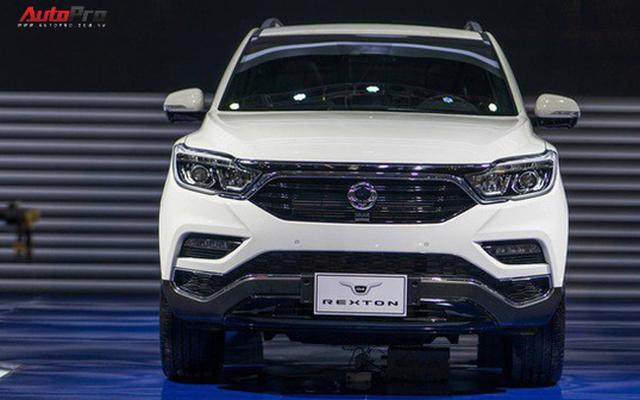 Cạnh tranh Toyota Fortuner, SsangYong G4 Rexton chốt giá 1,45 tỷ đồng tại Việt Nam