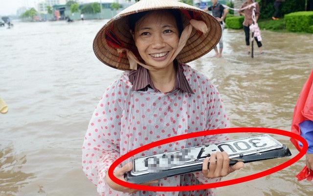 Vì sao biển số xe hay 'lạc trôi' khi ô tô đi qua vùng nước ngập?