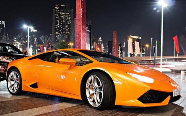 Thuê siêu xe Lamborghini lướt phố Dubai chưa đầy 4 tiếng, du khách trẻ người Anh đã bị phạt tới 1 tỷ đồng vì đi quá tốc độ