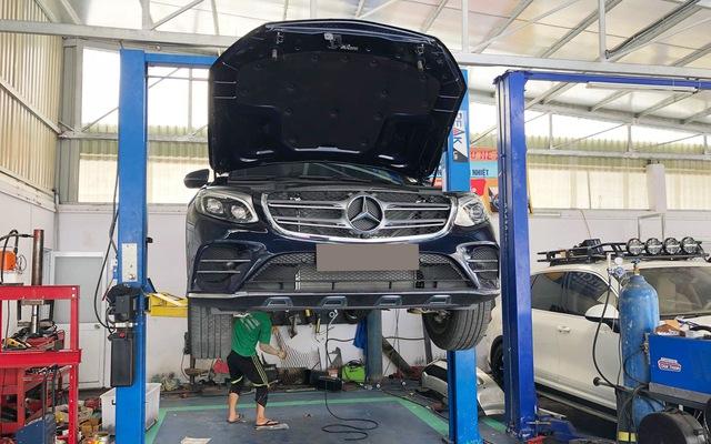 Vụ Mercedes-Benz GLC bị nước ngập vào cầu trước: Nguyên nhân và giải pháp khắc phục