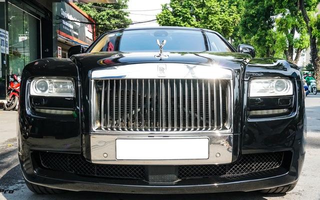 Chi tiết Rolls-Royce Ghost bán lại với giá gần 11 tỷ đồng tại Hà Nội