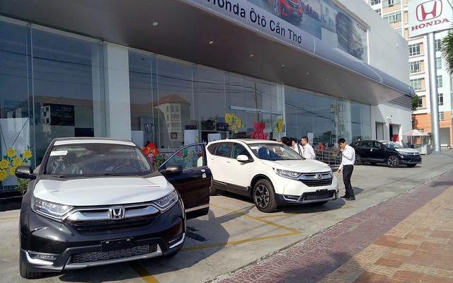 Giá xe Honda CR-V 2018 cao hơn dự kiến: Người trong cuộc nói gì?