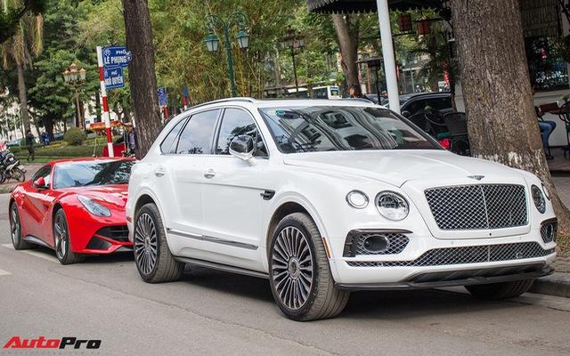 Siêu SUV Bentley Bentayga độ mâm Mansory 22 inch độc nhất Việt Nam