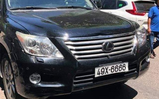 Lộ diện chủ nhân xe Lexus 570 biển số tứ quý đâm vào đám tang khiến 3 người chết, nhiều người bị thương