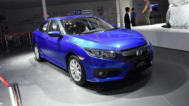 Honda Civic 2016 phiên bản rẻ và yếu hơn trình làng