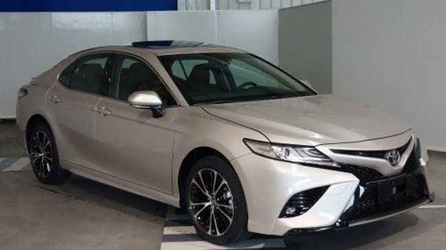 Toyota Camry 2018 phiên bản dành cho thị trường Trung Quốc lộ diện