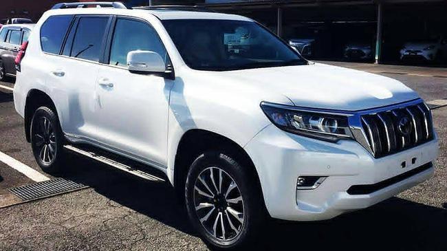 Hình ảnh rõ nét nhất từ trước đến nay của Toyota Land Cruiser Prado 2018 ra mắt vào tuần sau
