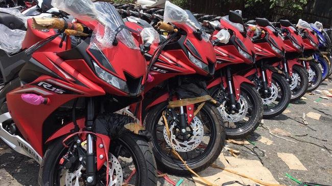 Lô mô tô thể thao Yamaha R15 3.0 2017 đầu tiên cập bến Việt Nam