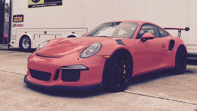 """""""Fan cuồng"""" Porsche bỏ ra 1 tỷ Đồng để thay hộp số sàn cho 911 GT3 RS"""