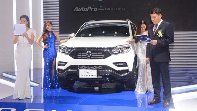 """SsangYong G4 Rexton 2018 có gì """"hot"""" để cạnh tranh cùng Toyota Fortuner"""