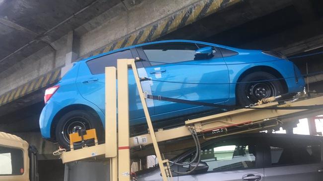 Toyota Yaris 2017 bất ngờ bị bắt gặp khi đang được vận chuyển đến đại lý