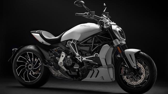 """Ducati XDiavel 2018 """"đẹp mã"""" hơn với màu sơn trắng mới"""