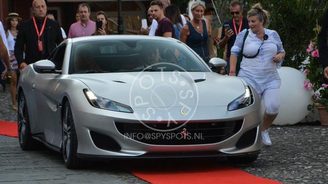 Siêu xe mui trần Ferrari Portofino được giới thiệu riêng cho các khách hàng VIP