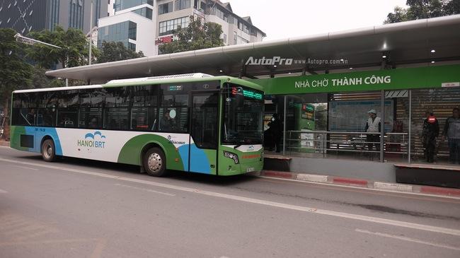 Sáng nay xe bus nhanh BRT chính thức hoạt động, đường thông hè thoáng