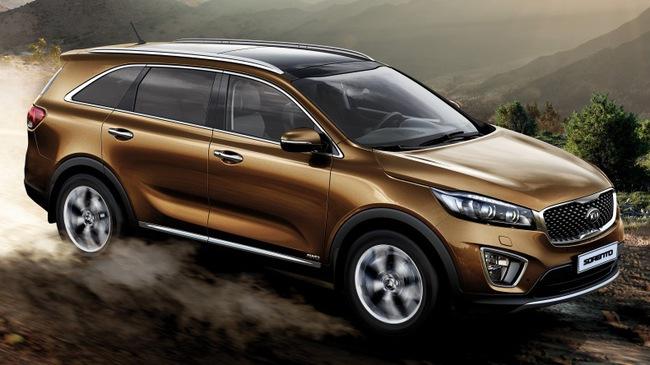 SUV 7 chỗ Kia Sorento có bản trang bị mới, giá từ 1,04 tỷ Đồng