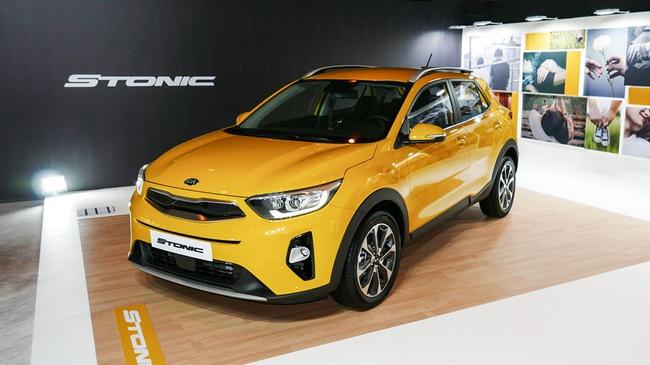 """Crossover cỡ nhỏ Kia Stonic phiên bản nội địa Hàn Quốc ra mắt với giá """"mềm"""""""