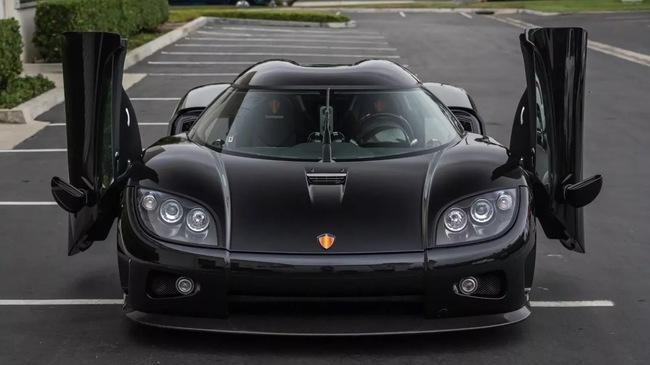 Hàng hiếm Koenigsegg CCX 9 năm tuổi rao bán giá 1,4 triệu USD