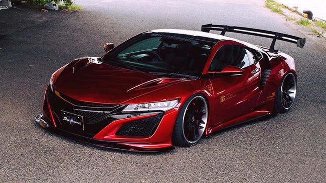 Honda NSX 2017 được biến thành siêu xe nằm sát mặt đất nhờ gói độ Liberty Walk