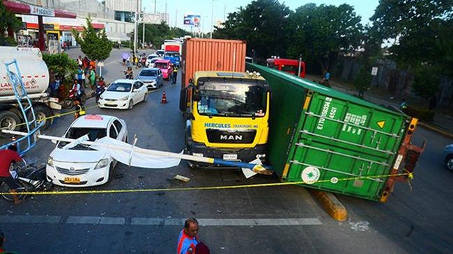 """Người đi xe máy tử vong trong vụ tai nạn như phim kinh dị """"Final Destination"""""""