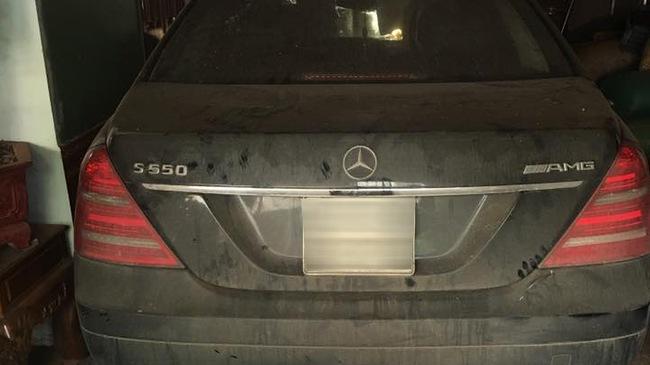 Xót xa với Mercedes-Benz S550 AMG của dân chơi Sơn La đóng bụi dày đặc