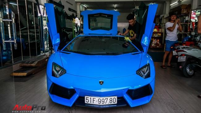 Siêu xe Lamborghini Aventador xanh dương độc nhất Việt Nam tái xuất